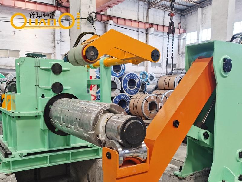 不锈钢材剪切生产线设备